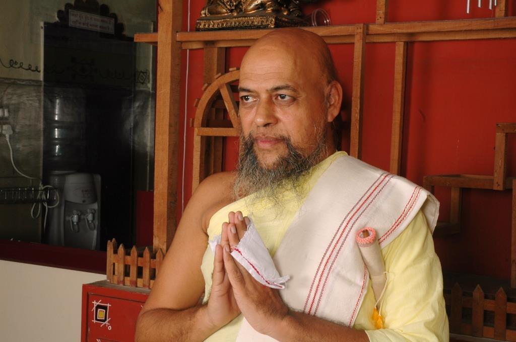Acharya Nityananda suriji (22)