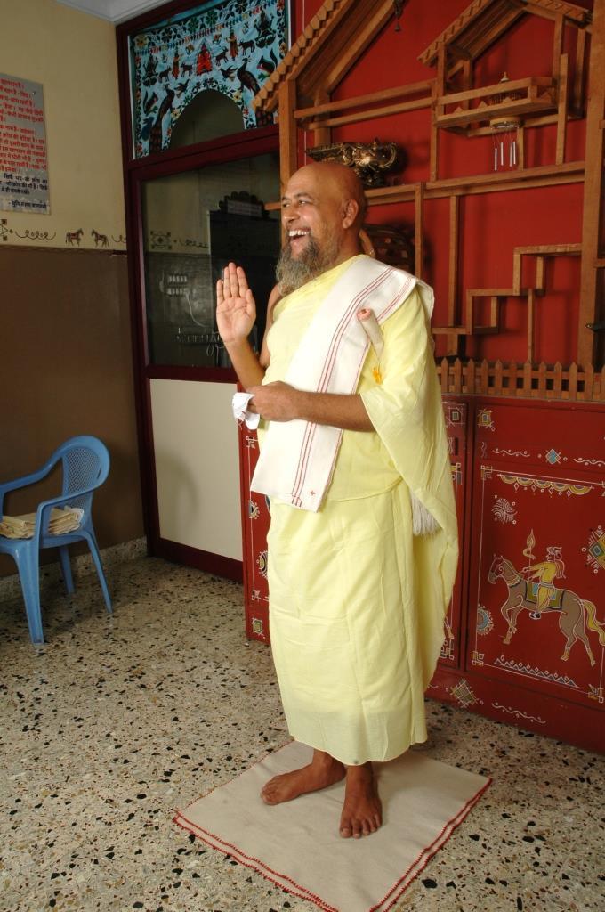 Acharya Nityananda suriji (34)