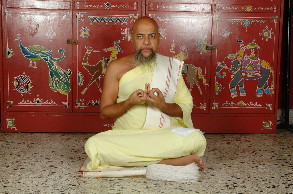 Acharya Nityananda suriji (46)