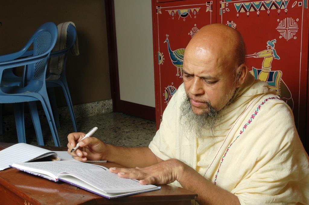 Acharya Nityananda suriji (62)