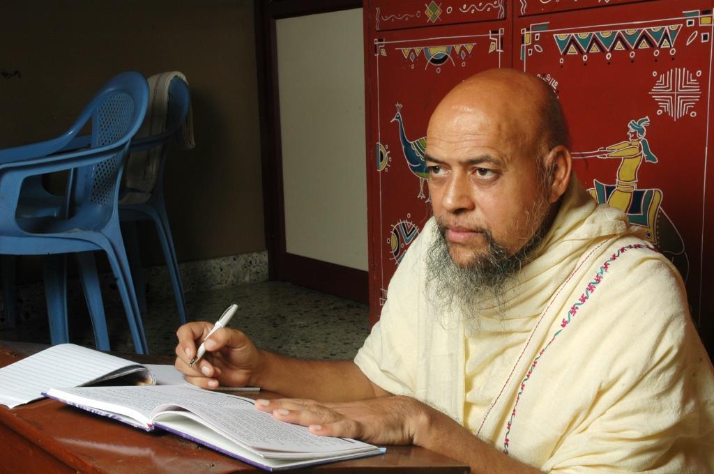 Acharya Nityananda suriji (63)