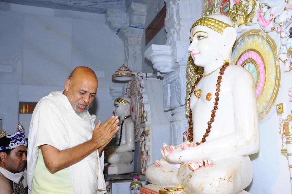 Chennai Sumatinath Pratishtha Mahotsav51