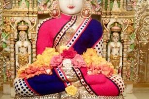 Jain bhagwan's aangi photos