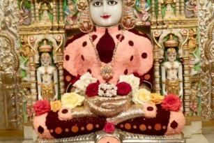 Jain gods angi photos