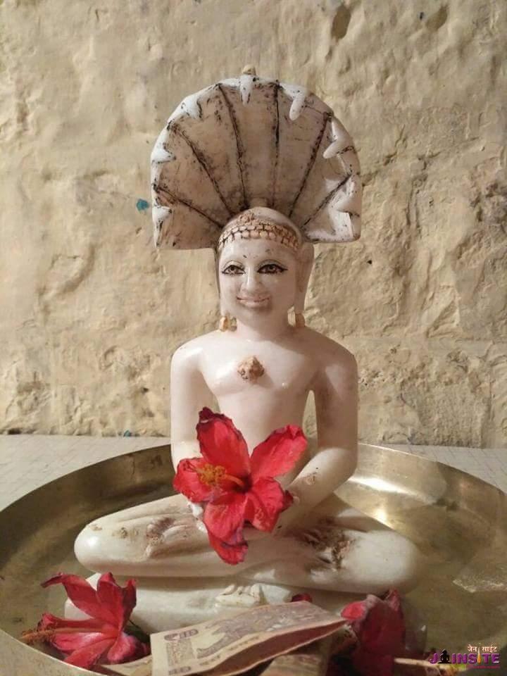 Punyashali ko sapne me aaye Parshwnath bhagwan….